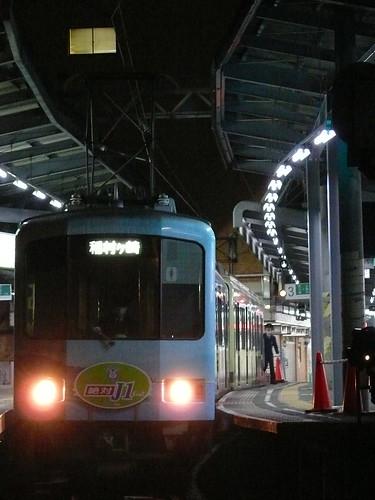 江ノ電1101F+2003F稲村ヶ崎行き最終電車@鎌倉