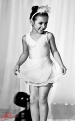 little girl (Ausamah) Tags: show girls ballet cute art beautiful dance bahrain student gulf little culture east arab middle  absi        ausamah