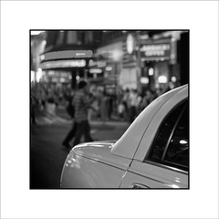 "(Jose Luis Durante Molina) Tags: newyorkcity bw usa newyork night america noche manhattan timesquare coche goodbye yankees nuit vacio marcha espacio estadosunidos nuevayork adios ausencia norteamerica ""altrafotografia"" joseluisdurante"