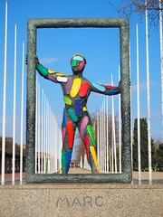 Escultura: Marc / Robert Llimós (tgrauros) Tags: barcelona catalunya robertllimós vilaolímpica 25anysdeljocsolímpics bcn92