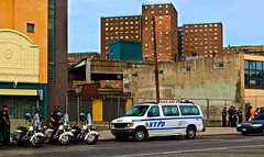Shift Change!! (Ken Yuel Photography) Tags: nyc newyorkcity coneyisland unitedstatesofamerica nypd harleydavidson newyorkstate newyorksfinest policemotorcycles shiftchange safestreets digitalagent kenyuel