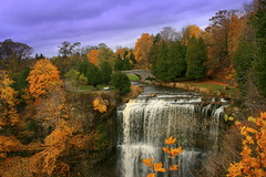 Have a Wonderful Sunday  ! (Ming chai) Tags: ontario canada fall waterfall hamilton autumncolors 2010 websters colorfulautumn coloursoffall webstersfall frhwofavs colorsofnatures fallinthefall dundascity