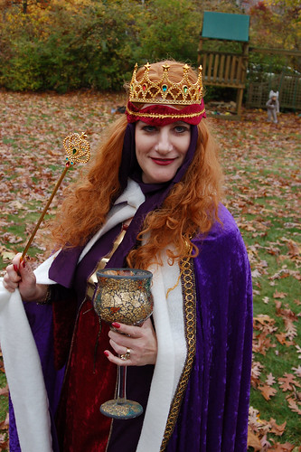 Halloween 2009: The Queen.