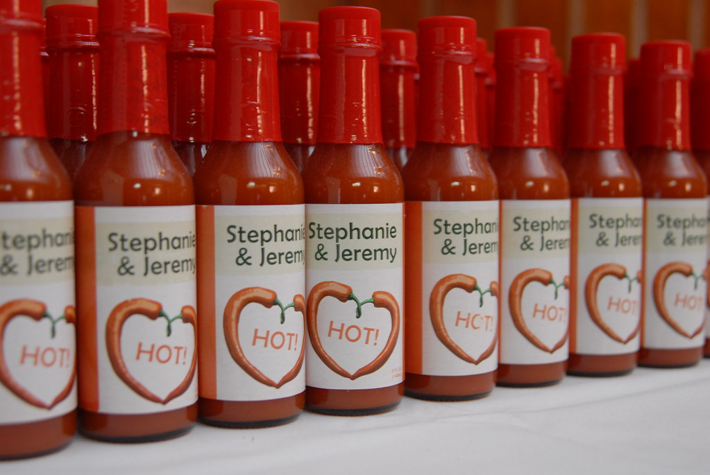 Hot Sauce Wedding Favors Wedding Favors Candy Favors For Weddings