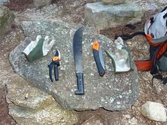 Armes et outils du maquis