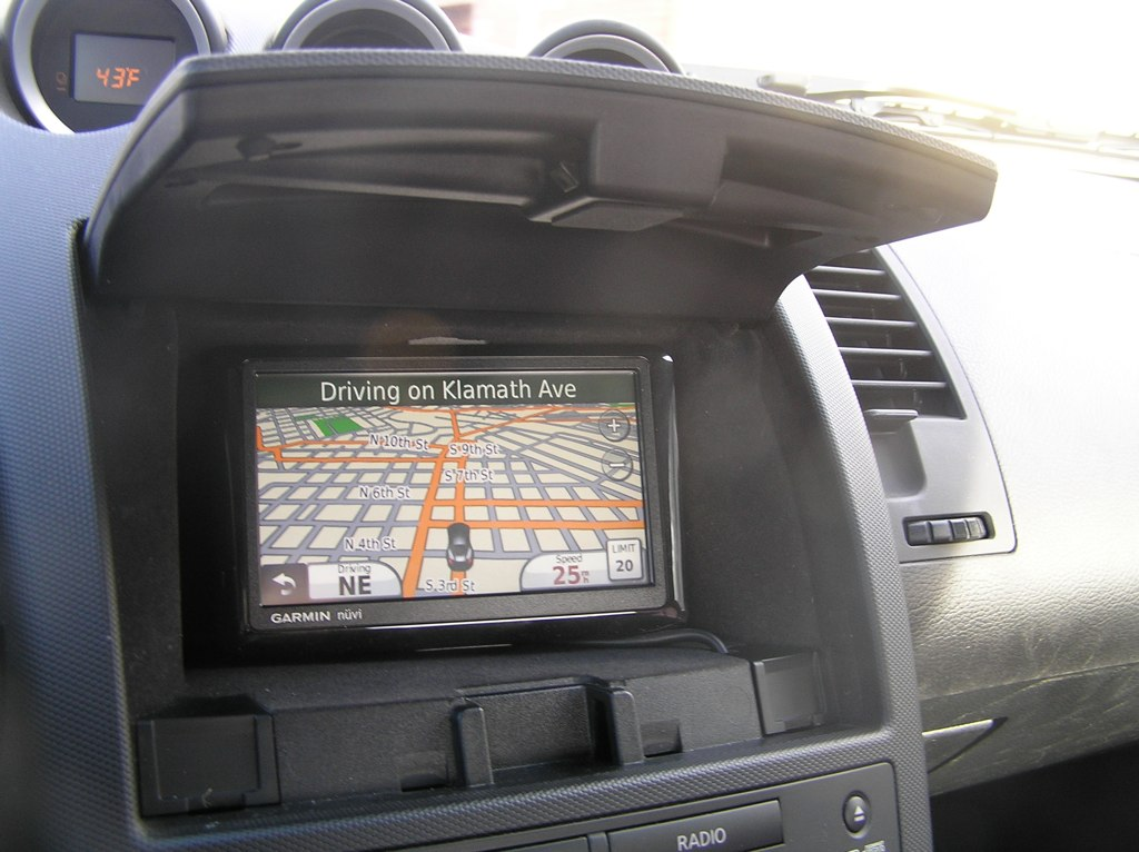 Garmin Nuvi Gps Mount In 2006 350z Cubby Hole Page 3