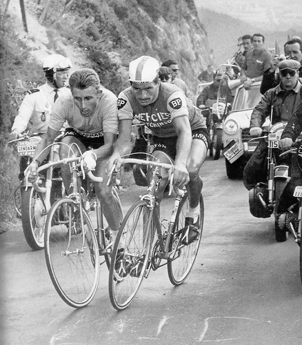 Jacques_Anquetil_&_Raymond_Poulidor[1]