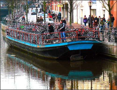 Amsterdam without bicycles? Unthinkable!....