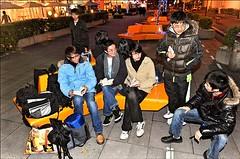100115(1) - 為了搶得日本超人氣聲優「釘宮理惠」的《國際書展》簽名資格,粉絲們提前25天排隊,同時打破日本、台灣的「簽名會最早卡位」紀錄