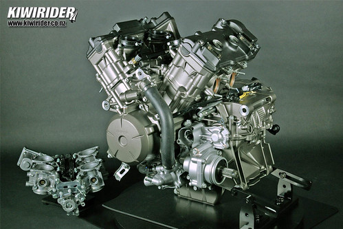 Honda VFR1200 tech 08