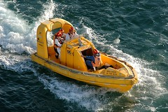 Norsafe 655 Mako Jet (Gerry Hill) Tags: port jet craft utility oman operating muscat seas brilliance mako mutrah 655 norsafe