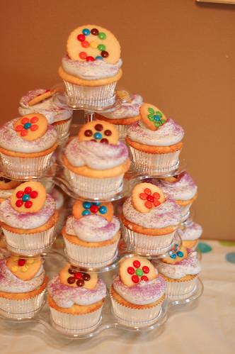 More cupcakes!!