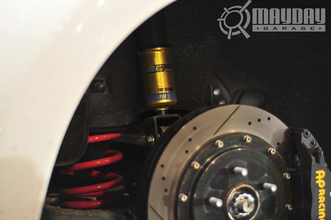 Top Secret coilovers + AP racing brakes = deadly.