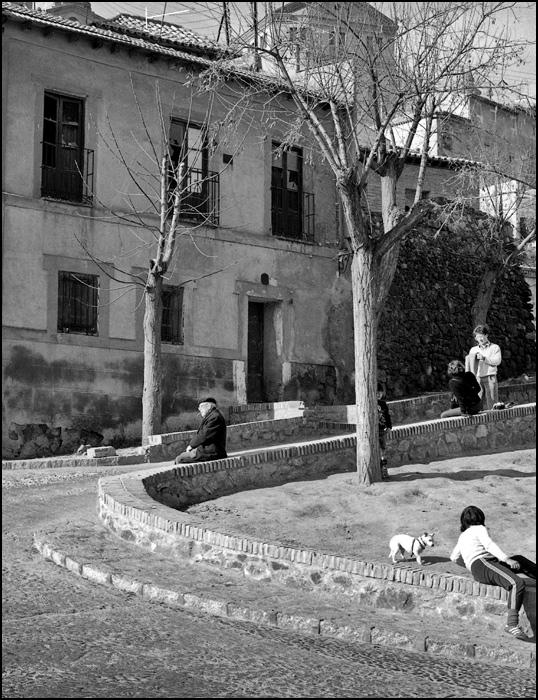 Ronda Cornisa junto a la Plaza de Don Fernando en Toledo en 1968. Fotografía de John Fyfe