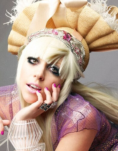Lady GaGa - Leslie Kee Photoshoot von pleasedontstopthemusic.