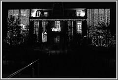 2 - 30 novembre 2009 Alfortville Eclairages de Nol (melina1965) Tags: christmas xmas november windows light blackandwhite bw window night nikon novembre ledefrance noiretblanc lumire faades nol nuit fentre 2009 mosca faade fentres valdemarne alfortville d80 photoscape geniiloci circleofarts concordians thisphotorocks leagueofwomenphotographers theworldoftravel clickthecamera