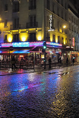 Paris by Night (philoufr) Tags: paris reflection café rain restaurant hotel pluie reflet nuit ruedamsterdam canonpowershots90