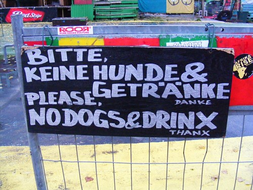 No dogs & drinx...