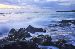 Saturday Afternoon at Pererenan Beach (Maaar) Tags: longexposure sunset bali seascape landscape wave slowshutter canggu img0799 madwave pererenanbeach standartlens pantaidicanggubali