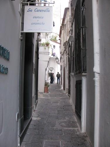 amalfinarrowstreet