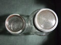 Crown jar tops
