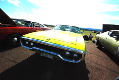 (MoStuff Sthlm) Tags: road race vintage drag 1971 plymouth 71 racing strip curious mopar runner sthlm yella dragway orsa mopars mostuff tallhed