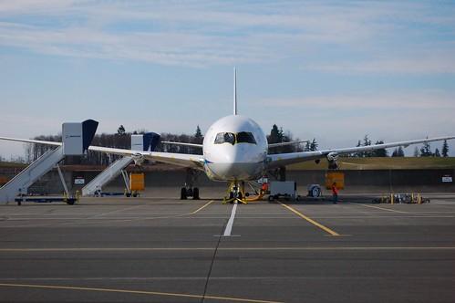 JAL-787_560.jpg