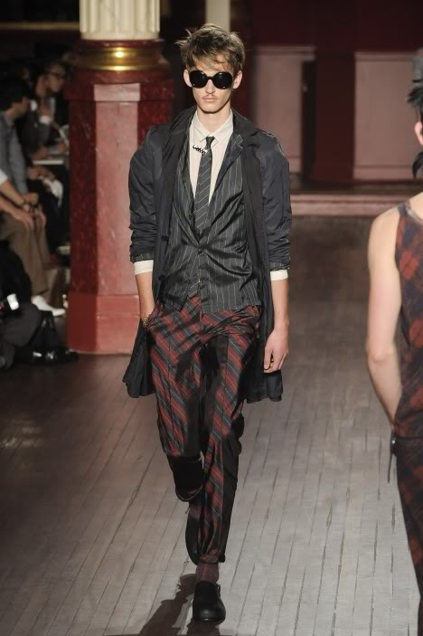 Dennis Jager3040_SS10_Paris_Lanvin(lizzylily@mh)