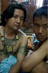 Watching (Ursula in Aus) Tags: tattoo thailand yantra tattooing waikhru nakhonpathom นครปฐม ประเทศไทย sakyant tattoofestival รอยสัก watbangphra nakhonchaisi earthasia nakhonchaisri วัดหลวงพ่อเปิ่น ครู รูปสัก วัดบางพระ ลายสัก สักยันต
