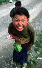 Smiles 1 (Jose Luis Trisan - www.clubtrotamundos.com) Tags: fzfave retofez100504