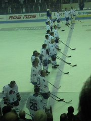 153 (Bucyk09) Tags: mars hockey de montral des peter qubec harvey match 13 canadiens stephane 2010 quebecmontreal nordiques colise anciens stastny