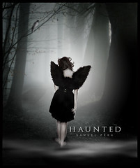 # Evanescence Song - Haunted (samuelpera) Tags: broken angel forest photoshop tristeza fear gothic haunted samuel partido medo edio pra assombrado