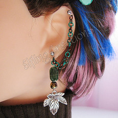 Maple Leaf Green and Brown Cartilage Chain Earring - Sap Moon
