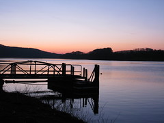 Sonnenaufgang am Baldeneysee (blichb) Tags: lake nature sunrise river germany deutschland see essen natur silence fluss sonnenaufgang ruhr ruhrgebiet nordrheinwestfalen stille baldeneysee mygearandmepremium mygearandmebronze blichb