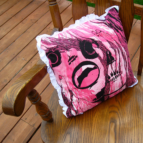 Crazy/chic pillow t-pillow
