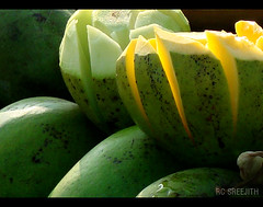 mango ' lite ' (RC Sreejith | ) Tags: green nature fruits natural mango greenmango ripemango sreejithrc rcsreejith lightonmango