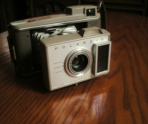 Polaroid J33 Land Camera