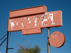 Old Motel Sign, Boron, CA (Robby Virus) Tags: california abandoned sign desert empty motel mojave boron