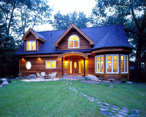 Traditional Ridge House Design