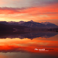feel the heat (Bazalai) Tags: winter red lake mountains reflection austria mirror sterreich dusk krnten carinthia december24th millstttersee mariusvasiliu terradesign bazalai christmasholidays2008 lakemillsttter