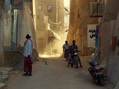 A Passing Moment ~ Shibam, Yemen (Martin Sojka .. www.VisualEscap.es) Tags: street travel light contrast perspective olympus unesco yemen zuiko e30 shibam 1260 zd 1260mm