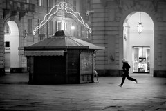^ (giulianoiunco.it) Tags: people blackandwhite bw white black torino person blackwhite gente bn persone xv bianco nero bianconero biancoenero saatchi ypu javadidaz xfr bncitt bnpersone ngpersone picaplaca subsuba giulianoiunco wwwfacebookcomgiulianoiuncophotography wwwgiulianoiuncoit
