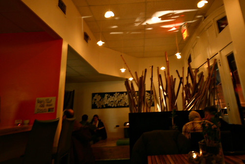 Inside Mango Thai