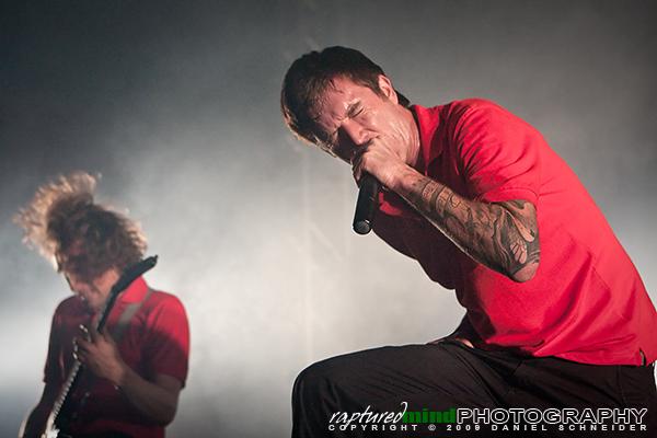 Marcus Bischoff - Heaven Shall Burn - Live Music Photos - Oberhausen, Turbinenhalle - 09.12.2009