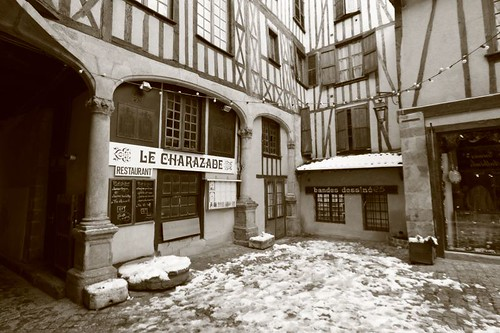 Old part of town, Limoges. December 2009.