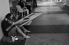 ARTISTA (ARTIST) (Samy Collazo) Tags: barcelona madrid california africa street city nyc uk portrait people urban blackandwhite bw italy espaa usa white man black france blanco portugal canon beard spain artist y puertorico lisboa lisbon candid widescreen negro streetphotography australia 123 pb bn sanjuan painter linux vista abc 1914 breathtaking visualart pintor barba artista 1952 alcala tung acrilico acrilic superdorks ebe lienzo myfest ffwd supershot iniesta blackwhitephotos abigfave superbmasterpiece flickaday hppt me2mobile rebelxsi hnff twittographers samycollazo