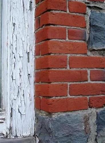 Textures -- Peeling paint and bricks