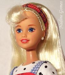 Skipper (Nadine Gomes) Tags: sisters stacie barbie skipper kelly 1995 giftset travelin