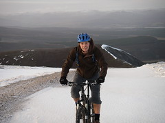 Glen Feshie Snow riding the Ban Mor Achlean Circuit