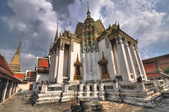 Wat Pho temple HDR (msdstefan) Tags: world pictures trip travel vacation sky sun holiday sol thailand temple soleil solar photo asia asien southeastasia sdostasien pics bangkok buddha stupa urlaub picture himmel wolken skulptur monk best thai tropical colourful wat pho sonne buddism rtw soe th hdr breathtaking bunt nicest watpho tempel heiliger buddisttemple traumurlaub nikond90 flickraward buddismus concordians flickrestrellas starsawards 100commentgroup fabbow platinumbestshot buddisten flickraward5 mygearandme mygearandmepremium mygearandmebronze mygearandmesilver mygearandmegold mygearandmeplatinum mygearandmediamond